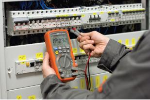 mantenimiento preventivo de las instalaciones comunes eléctricas